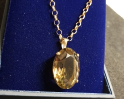 Large Smokey Quartz Stone set in 9ct gold with 9ct chain